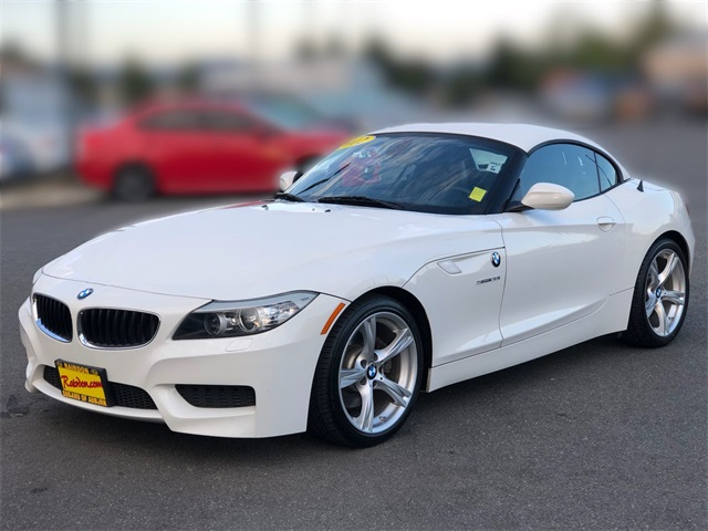 Pre-Owned 2012 BMW Z4 sDrive28i
