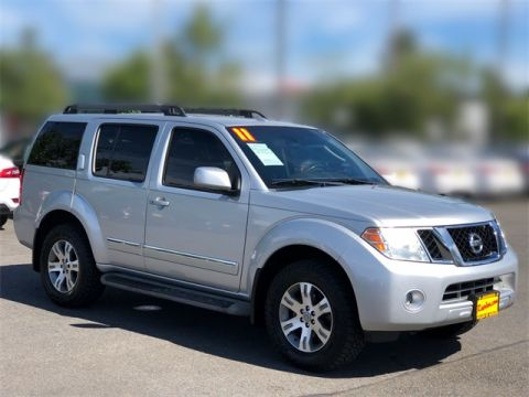 Pre-Owned 2011 Nissan Pathfinder Silver